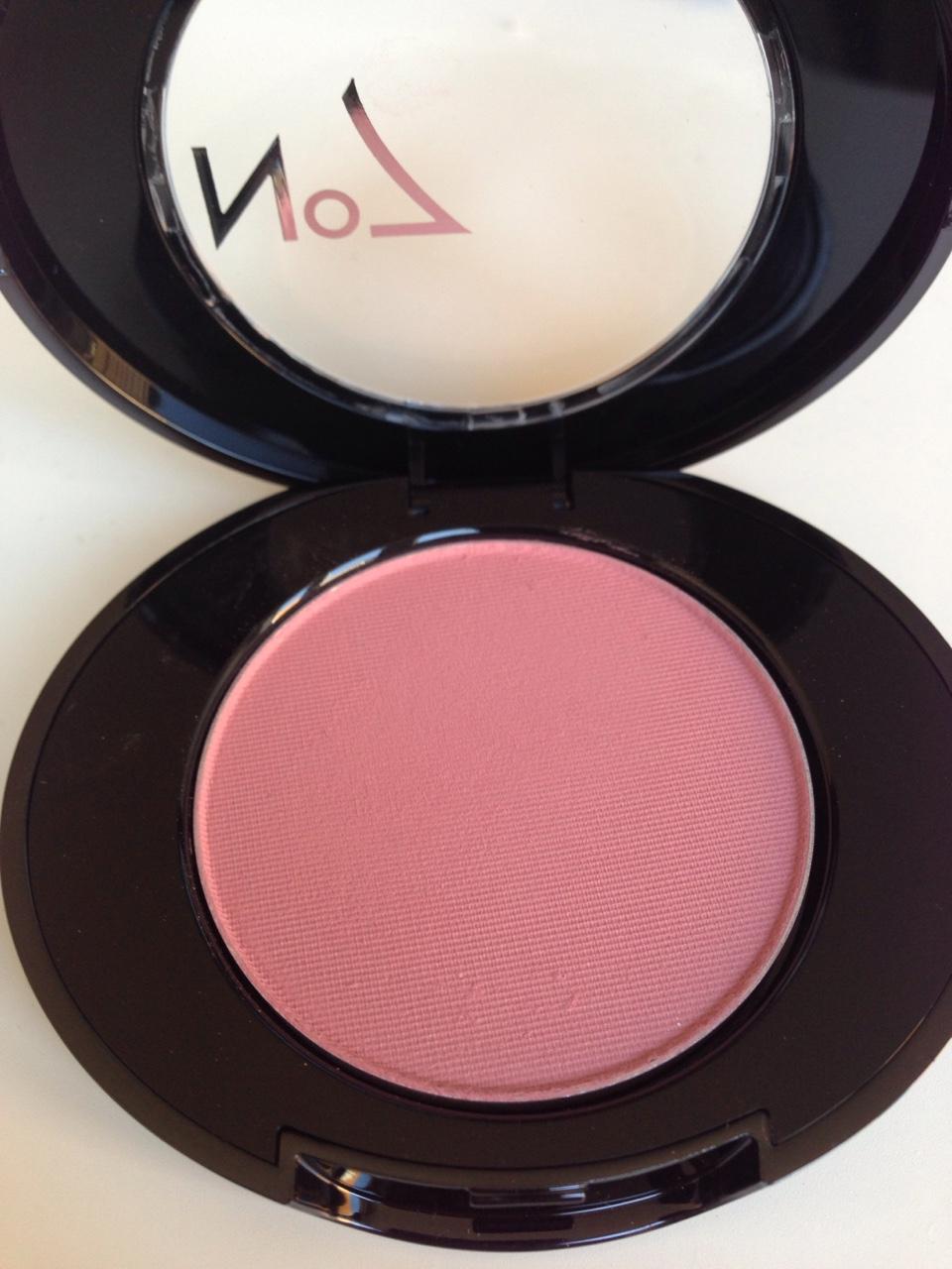 rosy no7 blush