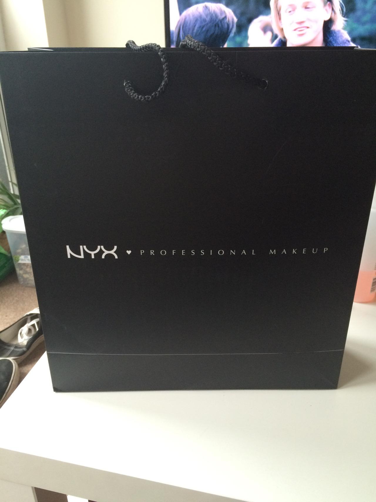 nyx bag